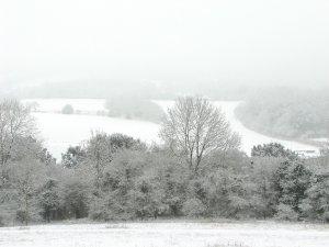 Ninge în România de câteva ore. Locul în care zăpada are deja câţiva centimetri