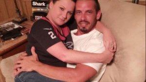 Și-a luat concediu ca să-și alăpteze iubitul de 36 de ani. Care este explicația