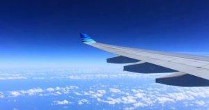 Un bărbat, aflat în stare de ebrietate, a abuzat sexual o femeie în avion