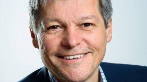 Replica uluitoare a lui Dacian Cioloș, după ce Ambasada Suediei a comentat apartenența fesului fostului premier