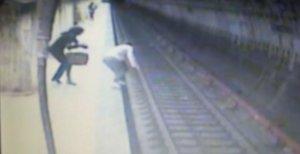 """Sfâșietor! Care au fost ultimele cuvinte ale fetei omorâte la metrou! """"Am auzit-o cum spunea..."""""""