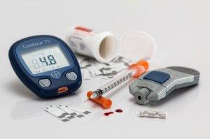 Semne surprizătoare care îți spun că ai diabet. Fii foarte atent la ele