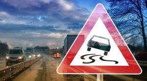 ACCIDENT CUMPLIT  în Sibiu. A MURIT pe loc după ce a lovit un stâlp la 220 km/oră - SOC! Cine era la volan