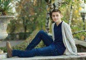 Stefan avea doar 17 ani si a murit din cauza unei raceli. Le-a spus parintilor ca nu se simte bine, iar de dimineata l-au gasit mort. E cumplit ce s-a descoperit la necropsie