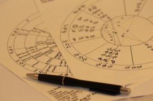 Horoscop săptămâna 15-21 iunie. Berbecii își rezolvă toate problemele, Racii au însă mari dureri de cap