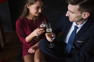 """""""M-am îmbătat la o petrecere și am făcut amor cu soțul celei mai bune prietene. Însă acum mi s-a întâmplat ceva incredibil și nu știu ce să fac mai departe"""""""