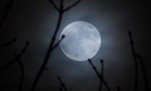 """Fenomen unic în 2019. """"Super Luna de Zăpadă"""" va fi vizibilă în această noapte în România"""