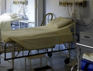 Peste o mie de infecții au fost raportate de către spitalele din România