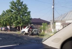 Grav accident produs de un polițist. A ucis doi oameni încercând să evite un câine