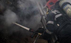 Incendiu violent într-un bloc din Buzău. Un bărbat a murit