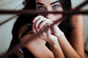 Top 3 motive sa optezi intotdeauna pentru oja semipermanenta
