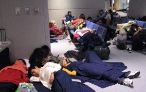 Zeci de copii români, abandonați pe aeroporturile din Tokyo, Doha şi Milano
