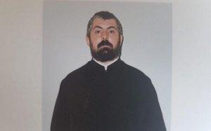 Cine este preotul anchetat pentru pornografie infantilă