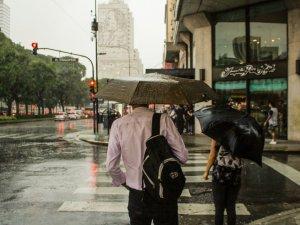 VREMEA 19 IULIE. Temperaturile încep să crească ușor, dar nu scăpăm de ploi