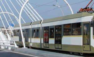 Accident în București! O persoană este rănită, după ce două tramvaie s-au ciocnit!