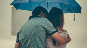 """A refuzat să facă dragoste cu iubita lui și a ajuns în spatele gratiilor. Ce """"nebunie"""" i-a trecut omului prin cap"""