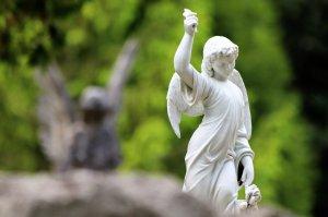 HOROSCOP. Sfatul Arhanghelului Mihail pentru zodii 23 iulie. Berbecii trebuie să renunțe la amânări, Gemenii sunt pozitivi