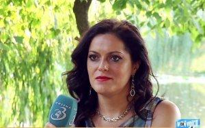 Caz unic în România pe care specialiștii nu îl pot explica! Ea este femeia care vorbește limbi străine necunoscute în somn. Tatomir: Se întâmplă spontan!
