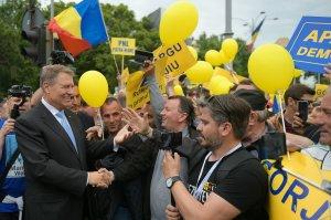 Klaus Iohannis, răspuns prompt la atacul lui Dan Barna: Am fost un fel de pompier atomic, am prevenit prăbușirea României?