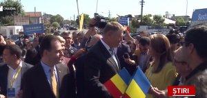 Klaus Iohannis, baie de mulțime la Craiova. Ședință cu 1.500 de liberali din Oltenia