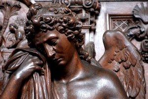 HOROSCOP. Sfatul Arhanghelului Mihail pentru zodii 15 octombrie. Berbecii sunt lideri, Vărsătorii se vindecă prin muzică
