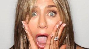 """Jennifer Aniston a blocat aplicaţia Instagram. A postat un selfie alături de actorii din """"Friends"""""""