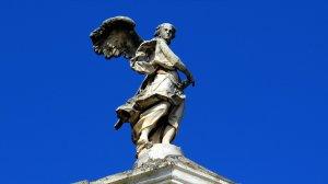 HOROSCOP. Sfatul Arhanghelului Mihail pentru zodii 22 octombrie. Taurii trebuie să fie autentici, Leii trebuie să fie sinceri față de ei înșiși