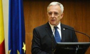 Mugur Isărescu urechează Guvernul Orban: România nu este în prăpastie!