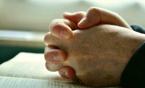 Bărbatul intrase într-o biserică din Arad să se roage. Când a ieșit și-a dat seama ce greșeală cumplită a făcut