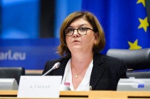 Adina Vălean, avizată pozitiv pentru funcția de comisar european