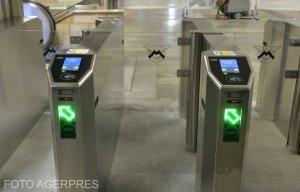 Metrorex a introdus plata cu cardul bancar direct la turnicheți în șapte stații