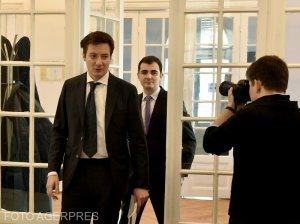 Mutare-șoc: Membru USR, atac la Klaus Iohannis