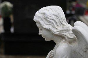 HOROSCOP. Sfatul Arhanghelului Mihail pentru zodii 15 noiembrie. Berbecii învață lecții din provocări, Racii trebuie să ceară ajutor