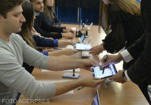 Ce se întâmplă cu datele românilor care au votat pe listele suplimentare la prezidenţiale. Cum au ajuns ele la dispoziția partidelor politice