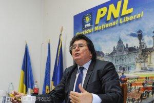 Nicolae Robu transmite condoleanţe şi afirmă că Primăria Timişoarei nu are nicio implicare în cazul blocului deratizat