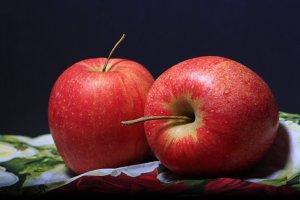 Adevărul despre merele primite de elevi la școală