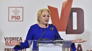 Viorica Dăncilă, gest neașteptat la ultima dezbatere electorală. Darurile pe care i le-a pregătit lui Iohannis