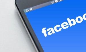 Facebook, amendată cu 3,6 milioane de euro în Ungaria. De ce a fost acuzată reţeaua de socializare