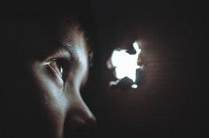 Copii din Germania, sclavi în Maramureș: DIICOT a reținut alte trei persoane