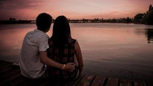 Bărbatul din Bârlad se plimba pe lângă barajul de alimentare cu apă a orașului, când a văzut doi tineri care făceau dragoste. A luat o decizie neașteptată atunci când s-a întors acasă
