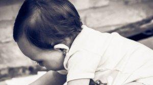 Un bebeluș din Vâlcea a murit la câteva ore după consult. Primise tratament pentru roșu în gât, dar suferea de pneumonie acută