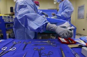 Revoluționar din 1989, supus unei intervenții chirurgicale extrem de dificile. I-a fost extirpată cu succes o tumoare hepatică